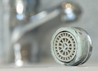 Rohrreinigung Berlin Kanalreinigung Rohrentkalkung Sanitär Entkalkungen und Desinfektion Magro Heizung und Sanitär